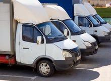 Os caminhões 'gazela 'convertida para intoxicar-se estão no parque de estacionamento da disposição 'olímpica ' foto de stock