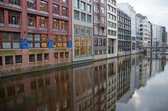 Os canais de Hamburgo no Elbe River Foto de Stock Royalty Free