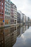 Os canais de Hamburgo no Elbe River Imagens de Stock Royalty Free