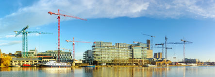 Os canteiros de obras na parte moderna de Dublin Docklands, igualmente sabem Imagens de Stock Royalty Free