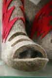 Os carregadores de feltro do russo, inverno calç retro Fotografia de Stock