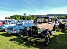 Os carros do vintage no clube local do motor mostram Imagens de Stock Royalty Free
