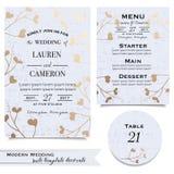 Os cartões de casamento azuis com convite, salvar o cartão de data, menu fotos de stock