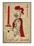 Os cartões de tarô no vermelho Cavaleiro das espadas Fotos de Stock Royalty Free