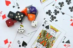Os cartões e cortam Imagens de Stock Royalty Free
