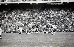 Os chefes lutam os incursores em Oakland, o 13 de dezembro de 1969 Imagens de Stock Royalty Free