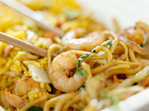 Os chineses removem - o fim do mein do lo do camarão acima Fotografia de Stock