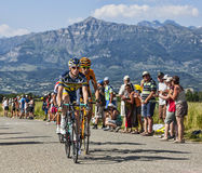 Os ciclistas Lieuwe Westra e Juan Jose Oroz Fotografia de Stock