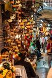 Os comerciantes procuram clientes Imagens de Stock