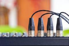Os conectores de XLR nos misturadores audio Fotos de Stock Royalty Free