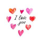 Os corações cor-de-rosa ajustaram-se com o ` do ` da rotulação eu te amo isolado no fundo branco, ilustração da aquarela Fotografia de Stock Royalty Free