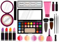 Os cosméticos ajustaram o instrumento da beleza Foto de Stock