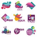 Os cosméticos da composição do Aqua marcam para que as mulheres usem-se ilustração do vetor