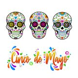 Os crânios mexicanos do açúcar, Cinco de Maya isolaram a ilustração ilustração stock