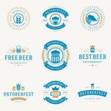 Os crachás e os logotipos ajustaram o festival Oktoberfest da cerveja Imagens de Stock