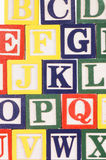 Os cubos com letras fecham-se acima Fotos de Stock