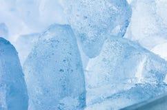 Os cubos de gelo fecham-se acima Fotografia de Stock Royalty Free