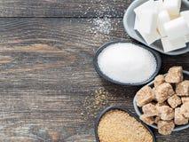 Os cubos Rushy do açúcar cru fecham-se acima Imagens de Stock