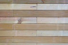 Os dados de madeira parafusaram fotos de stock