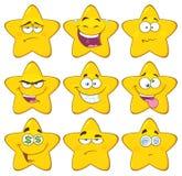 Os desenhos animados amarelos engraçados Emoji da estrela enfrentam o jogo de caracteres 2 da série coleção ilustração do vetor