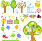 Os desenhos animados bonitos ajustaram - a árvore, os pássaros, as flores, as borboletas etc. Fotos de Stock