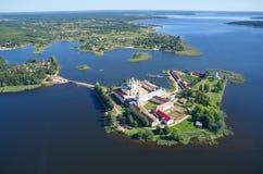 Os desertos de Nilo-stolobenskaya (nada) e o lago Seliger imagens de stock royalty free