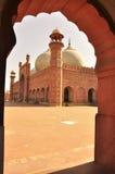 Os detalhes da mesquita de Badshahi, Lahore, Paquistão Fotografia de Stock Royalty Free