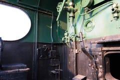 Os detalhes de um vapor do vintage treinam a condução da cabine Foto de Stock Royalty Free