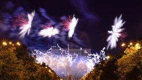 Os dias do aniversário de Bucareste, fogos-de-artifício party e celebração fotografia de stock