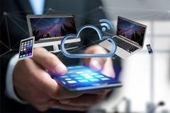 Os dispositivos gostam do smartphone, da tabuleta ou do computador voando sobre o connecte Imagens de Stock