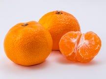 Os dois mandarino no fundo branco Fotos de Stock