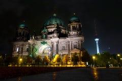 Os DOM do berlinês na noite Fotografia de Stock