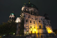 Os DOM do berlinês na noite Imagens de Stock