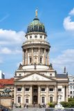 Os DOM franceses de Französischer da igreja no quadrado de Gendarmenmarkt, Berlim, Alemanha fotos de stock