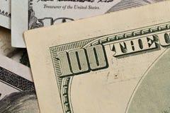 Os E.U. cem elementos do dólar, macro super, fecham-se acima da foto fotografia de stock royalty free