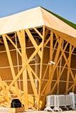 Os edifícios fizeram a madeira do ââof. Foto de Stock