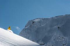 OS:en skidar semesterorten, Krasnaya Polyana, Sochi, Ryssland Royaltyfri Bild