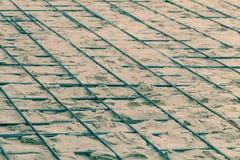 Os encaixes do metal colocados na areia Preparação para o concreto de derramamento Foco da sele??o Profundidade de campo rasa ton imagem de stock royalty free