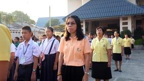 Os estudantes cantam o hino nacional video estoque
