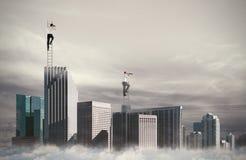Os executivos olham distante para o negócio novo Conceito de oportunidades novas Imagem de Stock Royalty Free