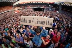 Os fãs durante o bruce springsteen, o concerto do chefe Fotografia de Stock Royalty Free