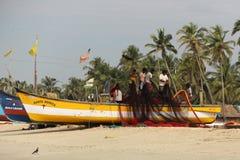 Os fishmen no barco Fotos de Stock