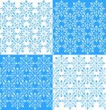 Os flocos de neve ajustaram o fundo com vetor desenhado à mão Fotos de Stock