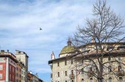 Os fresco nas casas de Cazuffi-Rella no domo esquadram Trento, Trentino Alto Adige, Itália fotos de stock