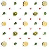 Os frutos arranjaram simetricamente foto de stock