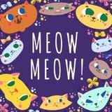 Os gatos engraçados dos desenhos animados da garatuja vector o fundo e o cartão ilustração royalty free