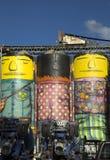 Os Gemeos bij de silo in Vancouver Royalty-vrije Stock Afbeelding