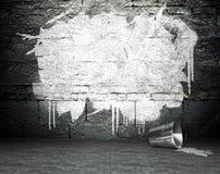 Os grafittis muram com quadro, fundo da rua Fotos de Stock Royalty Free