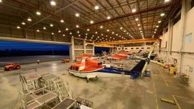 Os helicópteros estão no hangar Fotografia de Stock
