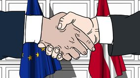 Os homens de negócios ou os políticos agitam as mãos contra bandeiras da UE da União Europeia e da Dinamarca Reunião ou cooperaçã ilustração royalty free